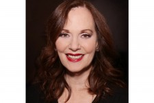 Lesley Ann Warren Auction